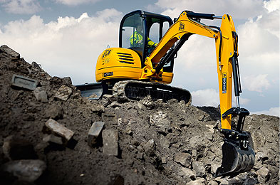 how to become a digger driver